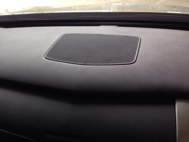 Nissan Teana L33 Console Center Speaker