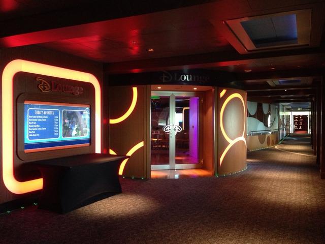 Disney Cruise Dream DLounge Room