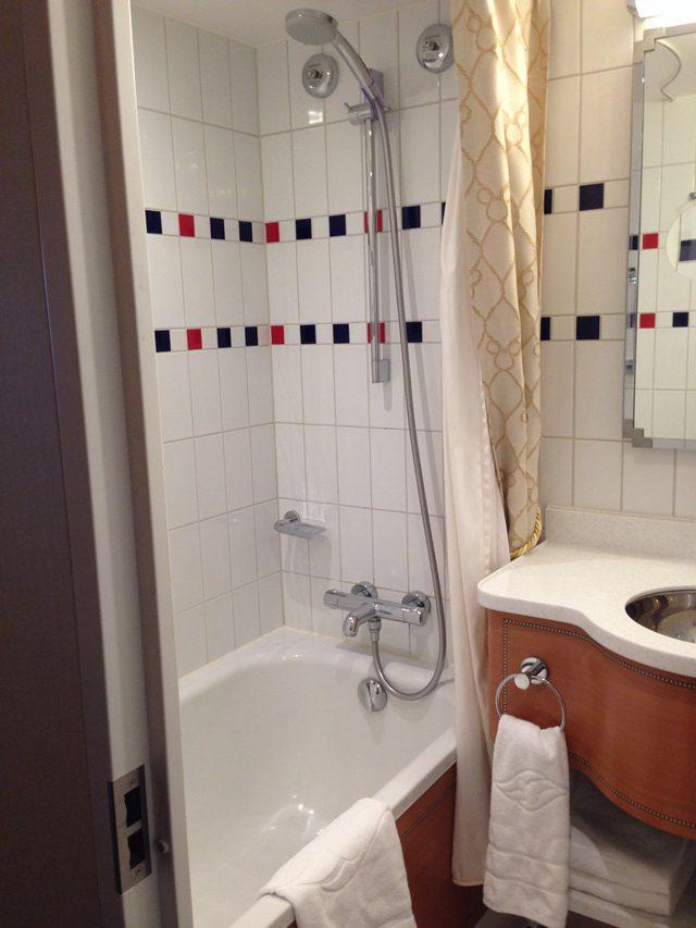 Disney Cruise Dream Stateroom Verandah Bathroom 1