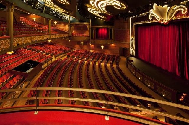 Disney-Cruise-Dream-WaltDisney-Theatre5