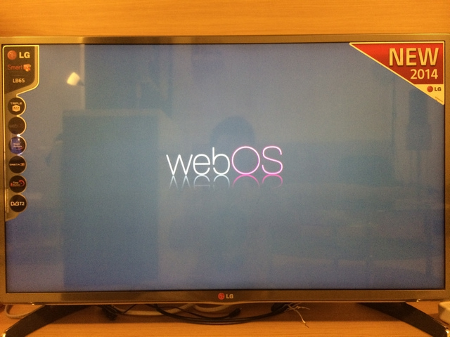 LG SmartTV 32LB650T webOS Welcome Logo webOS
