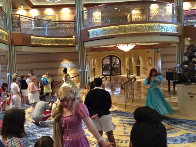 Disney Cruise Dream Character Appearance 1