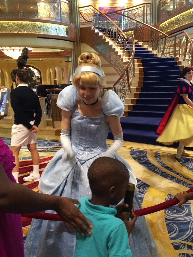 Disney Cruise Dream Character Appearance 2