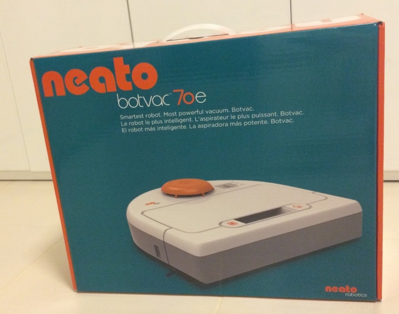 Neato Botvac 70e Box Front