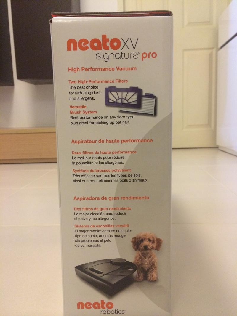 Neato XV Signature Pro