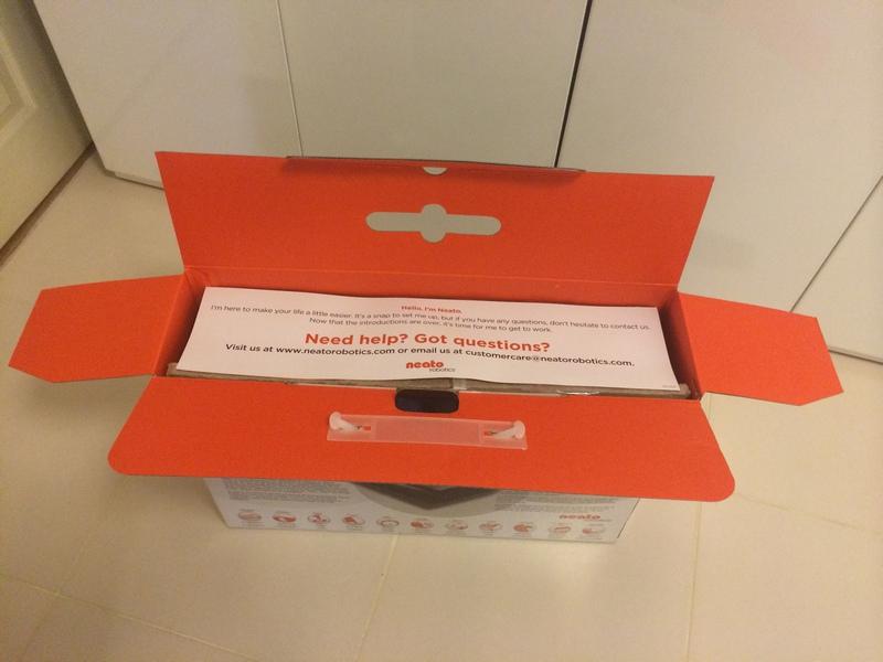 Neato XV Signature Pro Box Top Inside