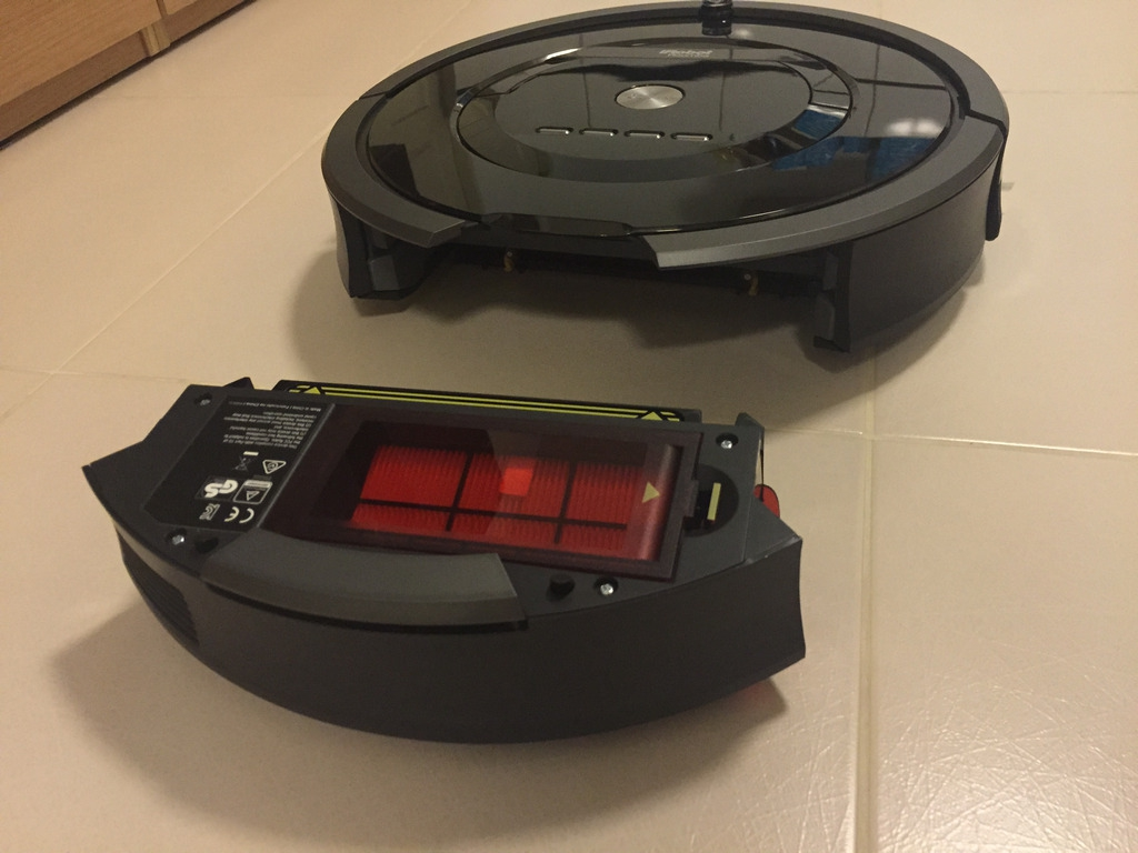 iRobot Roomba 880 Dirt Bin Removed