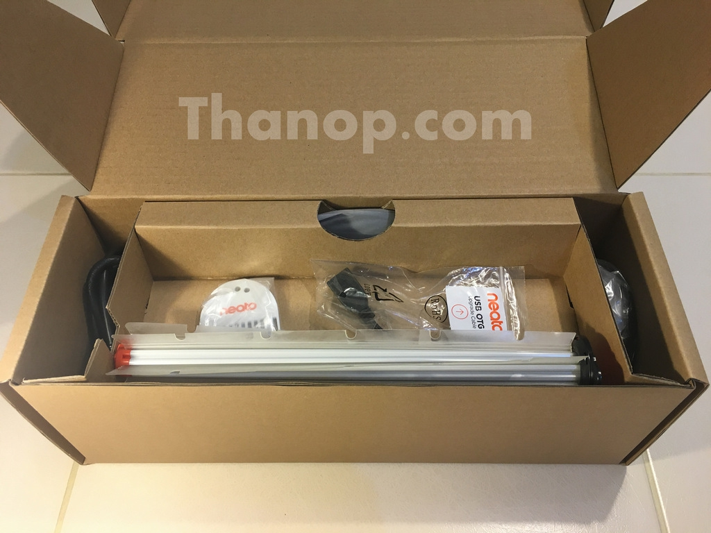 Neato Botvac Connected Accessory Box Opened