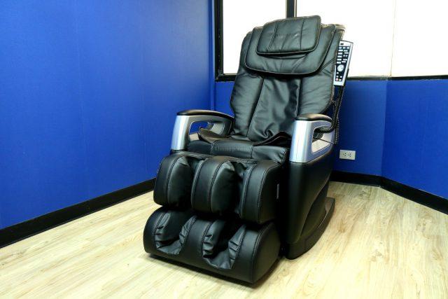 เก้าอี้นวดไฟฟ้า RESTER TITAN EC-362