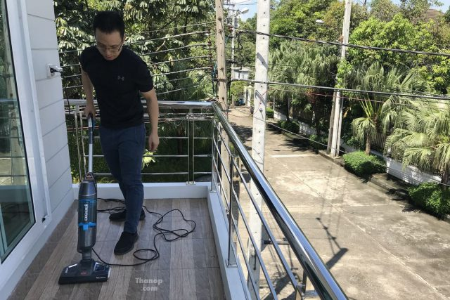 BISSELL Vac and Steam Working with Tile Balcony
