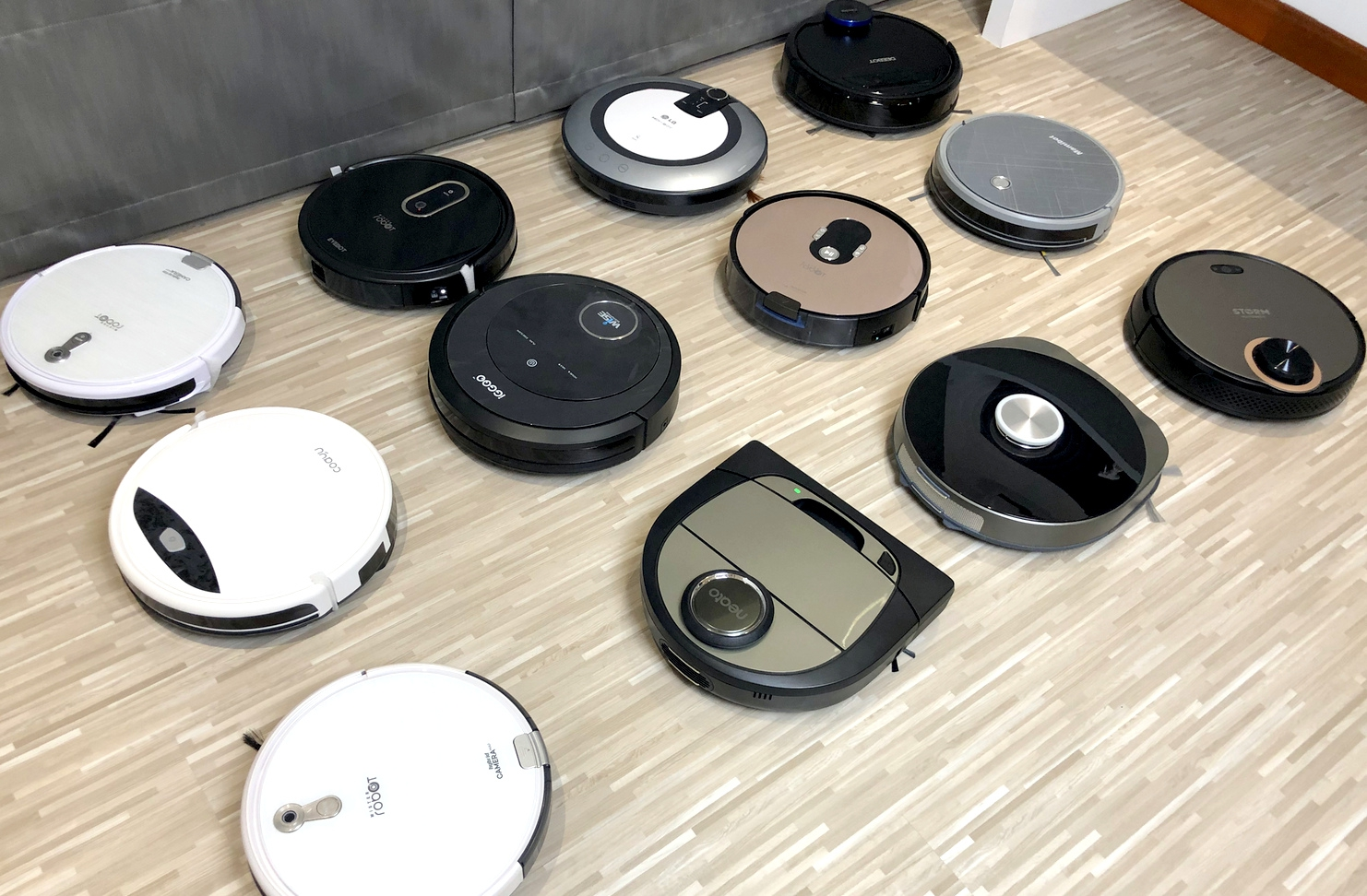 robot-vacuum-cleaner-featured-image-wordpress