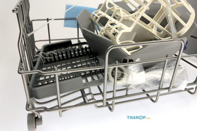 Mister Robot Home Dishwasher Accessory Set Side