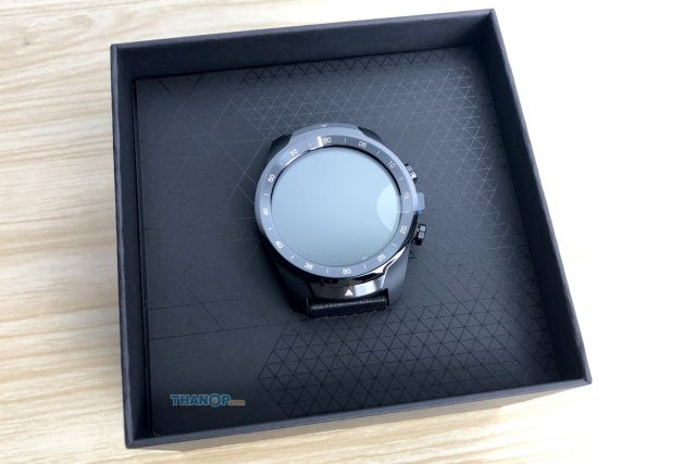 TicWatch Pro Box Uncovered