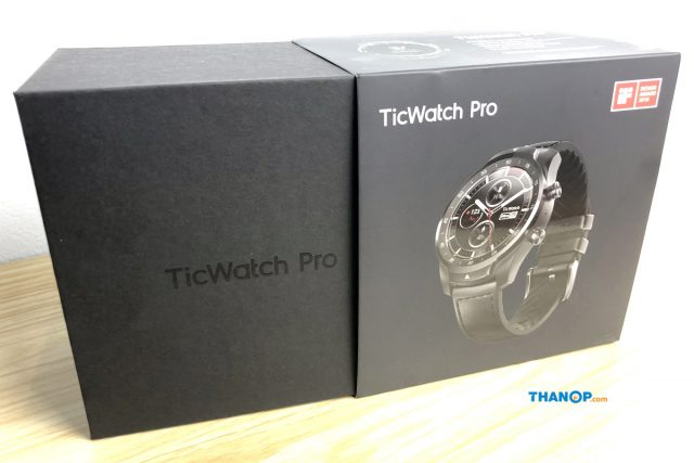 TicWatch Pro Box Unpacking