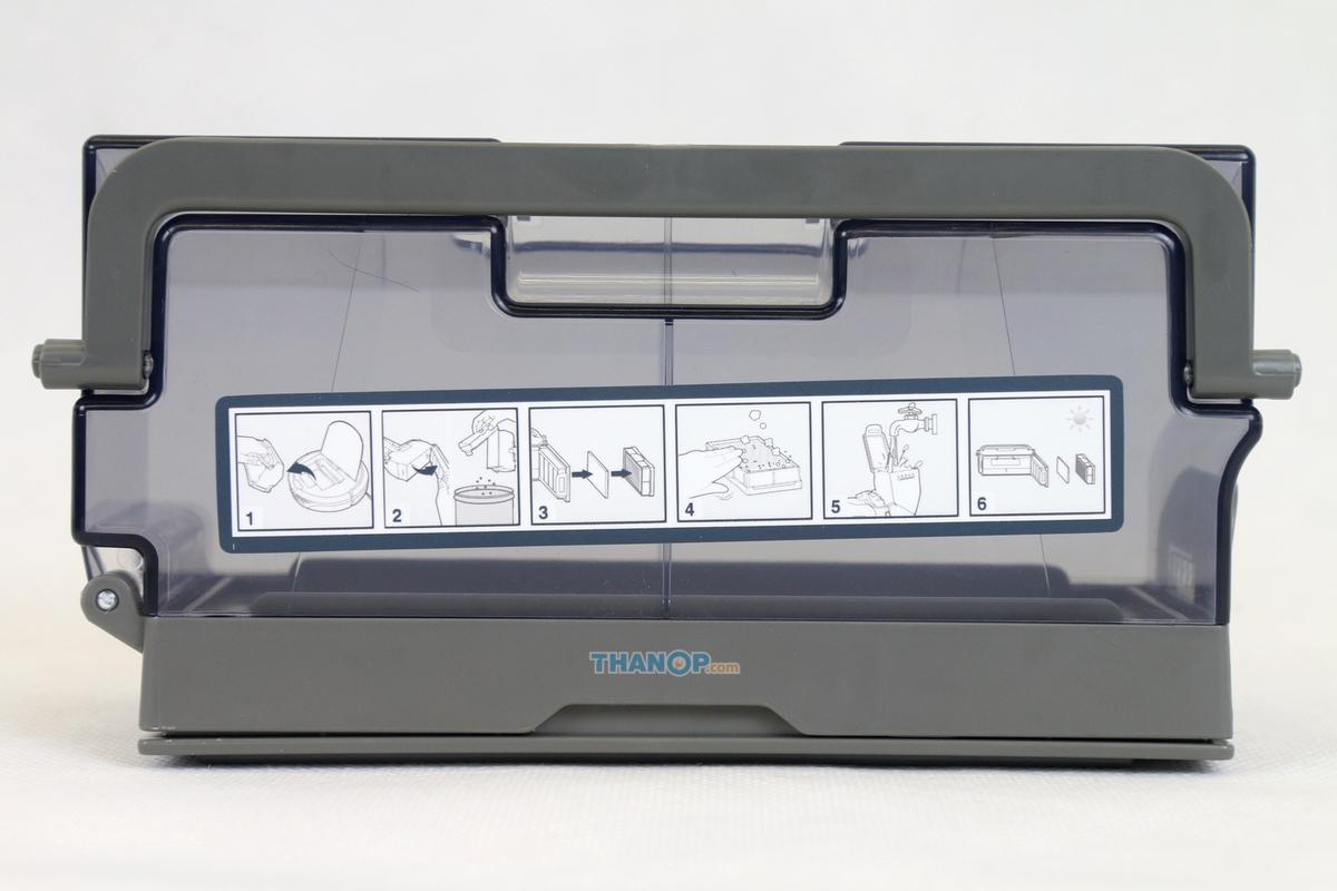 ecovacs-deebot-ozmo-930-dustbin-top