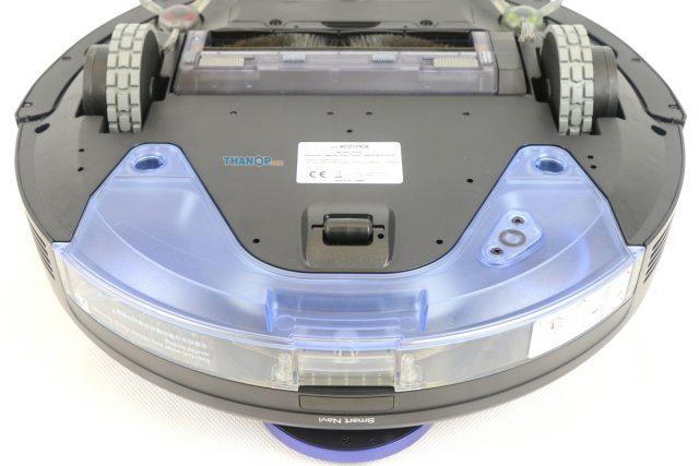 ECOVACS DEEBOT OZMO 930 Underside Zoom Rear