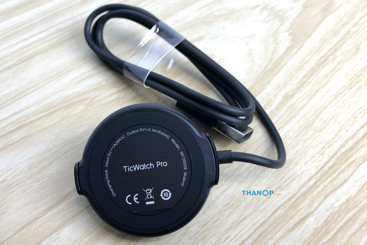 ticwatch-pro-usb-charging-cable-with-magnetic-charging-dock