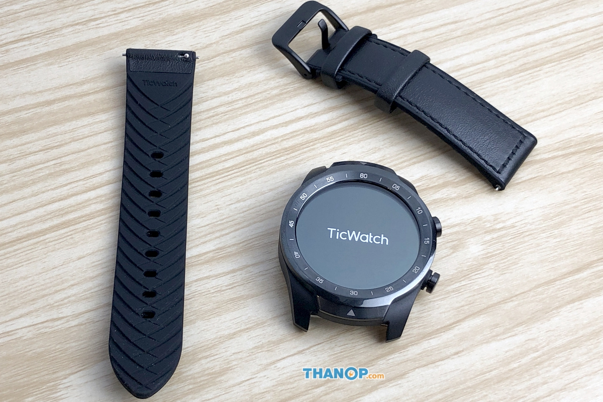 ticwatch-pro-watch-strap-removed