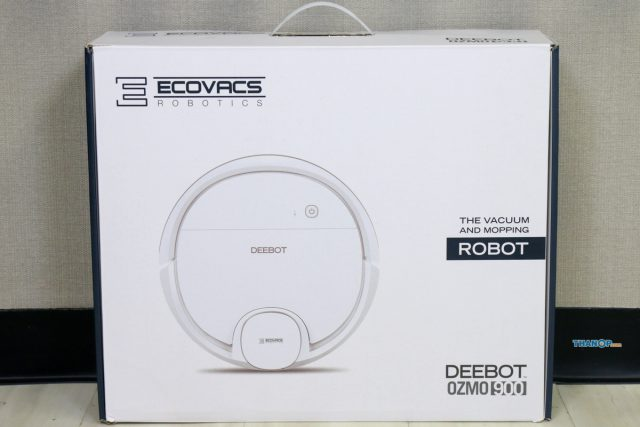 ECOVACS DEEBOT OZMO 900 Box Front