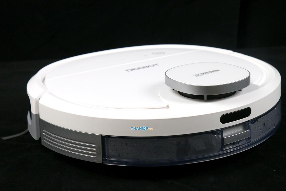 ecovacs-deebot-ozmo-900