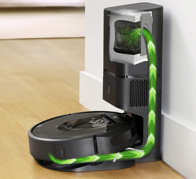 iRobot Roomba i7 Plus Feature Automatic Dirt Disposal