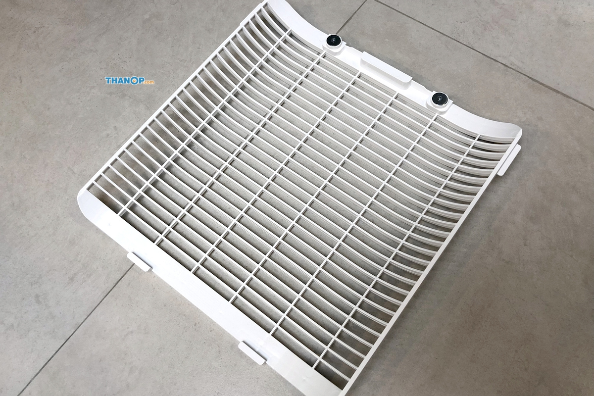 mister-robot-air-purifier-luxury-rear-cover