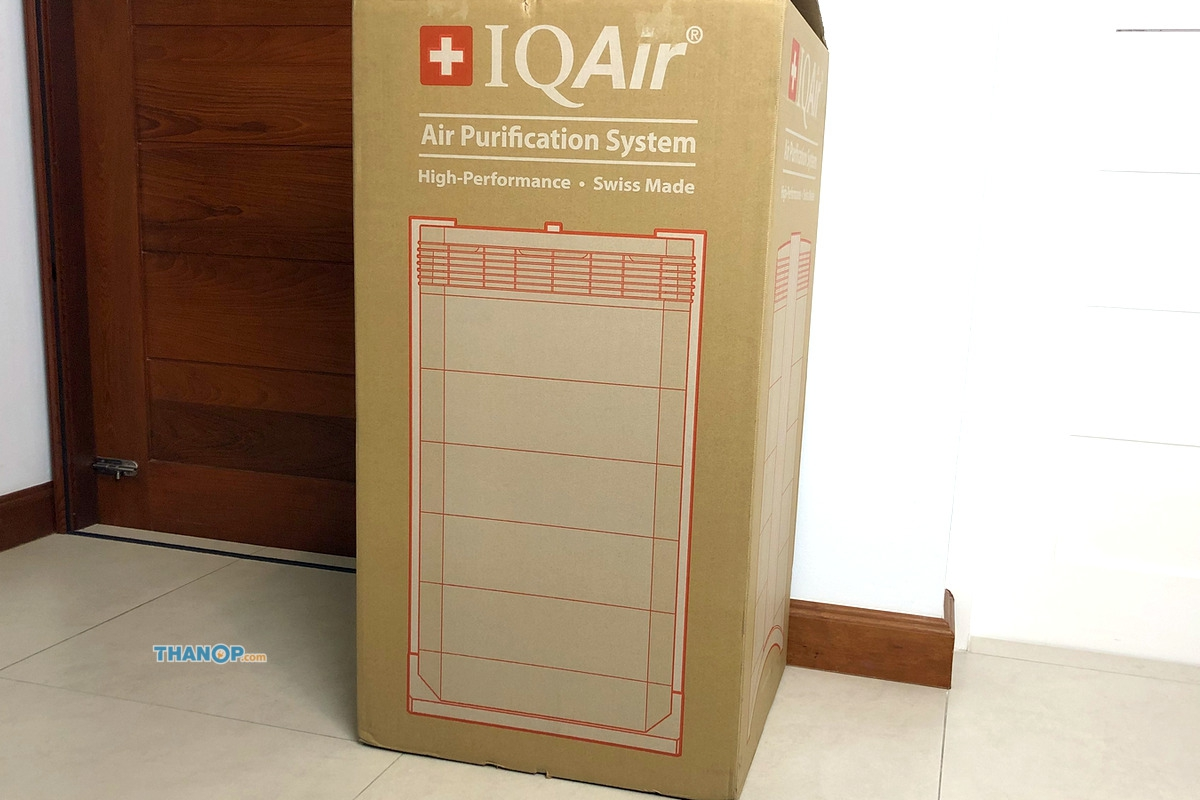 IQAir HealthPro 250 Box