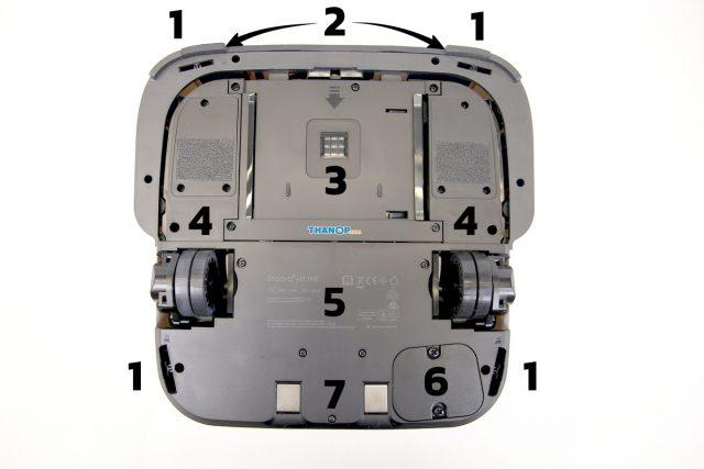 iRobot Braava jet m6 Underside Top