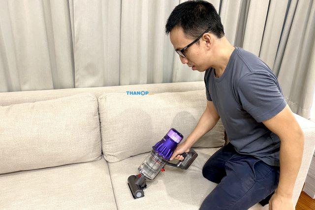 Dyson Digital Slim Cleaning Sofa Cusion