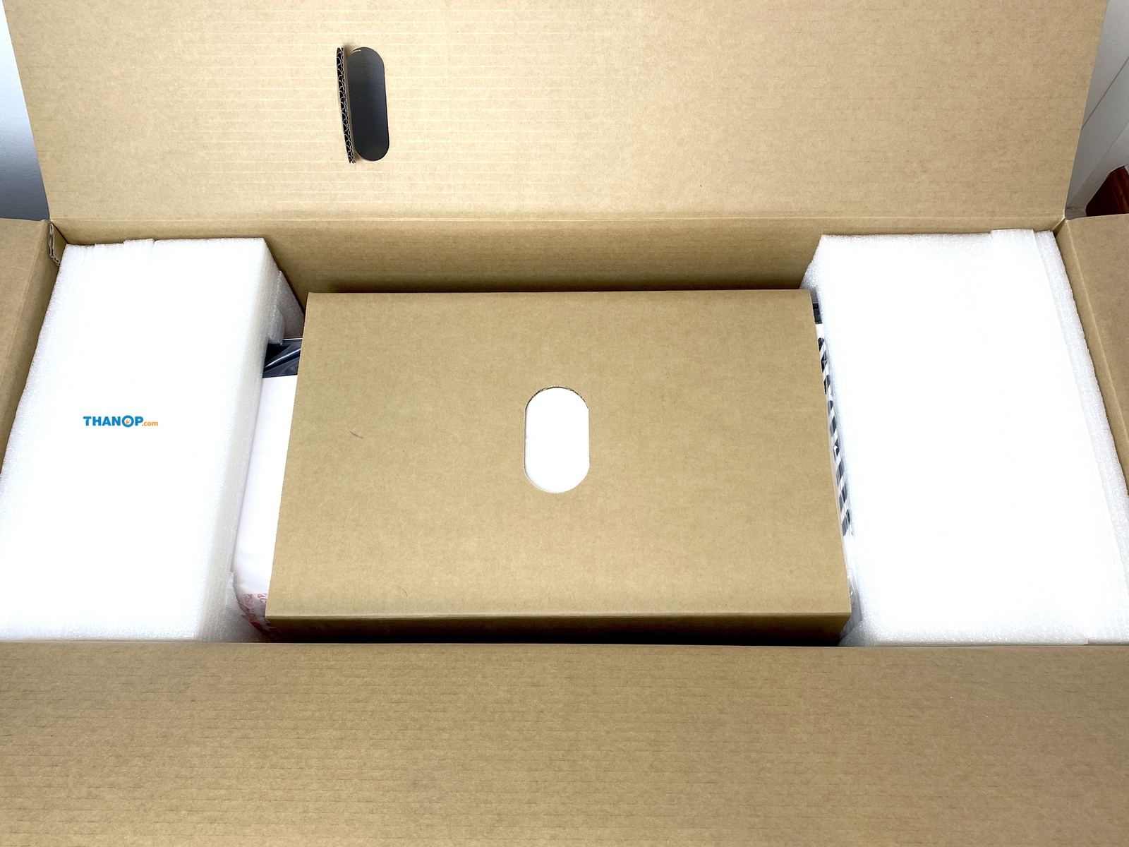 blueair-healthprotect-7770i-box-unpacked