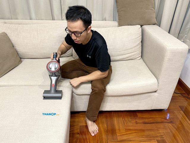 Roborock H6 Cleaning Sofa Cushion